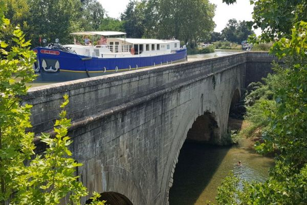 Cesse Aqueduct