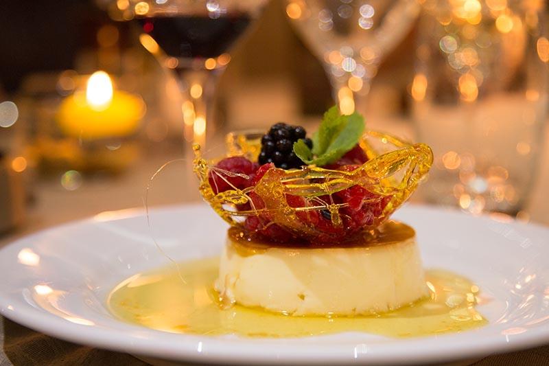 Luxury hotel barge, Enchante cuisine