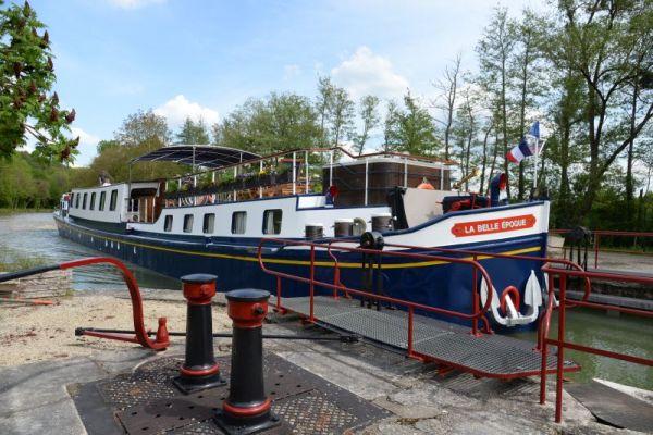 Luxury hotel barge, La Belle Epoque