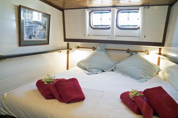 Double cabin aboard luxury hotel barge, Athos