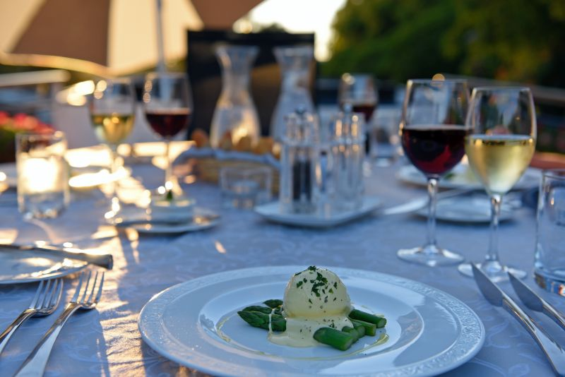 Anjodi - Alfresco Dining on the deck of a French Barge Cruise