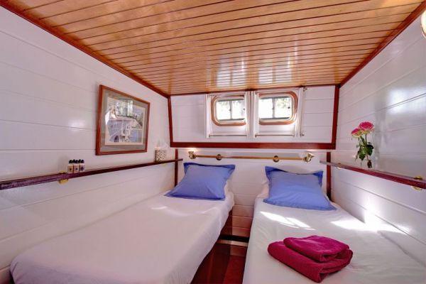 Twin cabin aboard luxury hotel barge, Athos