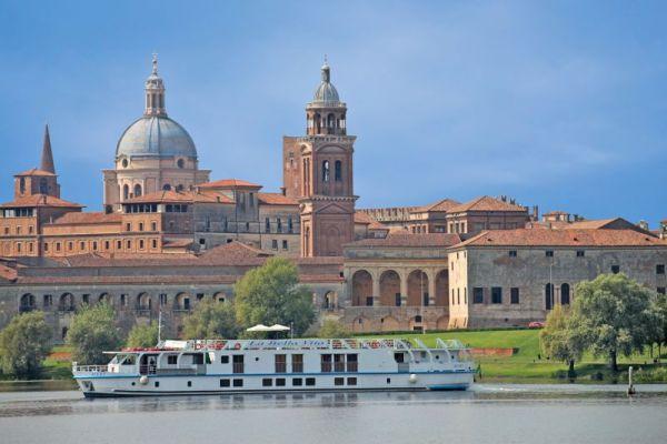 Mantua - River Cruises in Italy