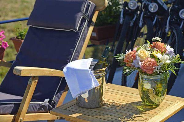 L'Impressionniste - Refreshments on Deck