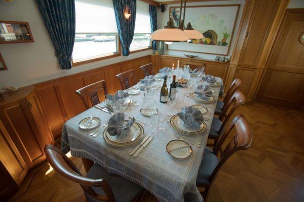 La Nouvelle Etoile - Dining Room