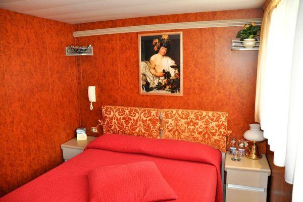 Double Cabin aboard La Bella Vita
