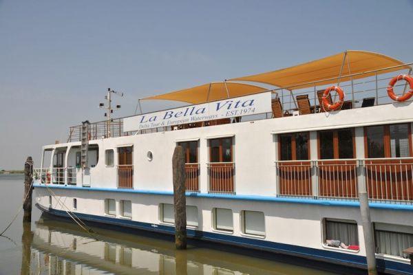 The exterior of La Bella Vita luxury barge cruise