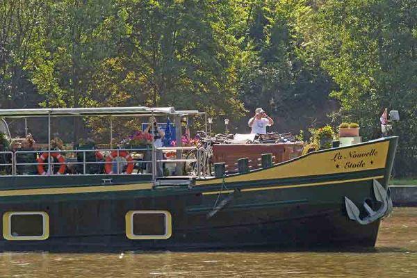 Guests aboard Nouvelle Etoile