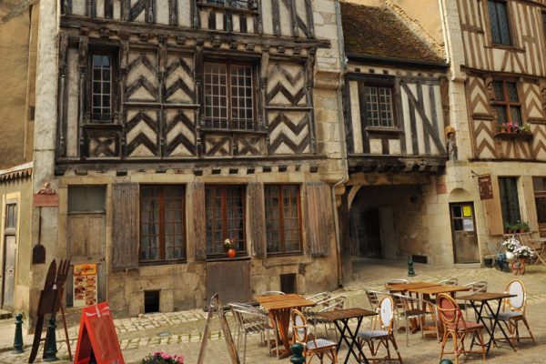 Noyers-sur-Serein, one of the most beautiful villages in Burgundy