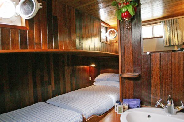 Nymphea Chambord Cabin