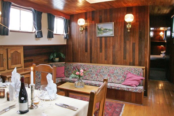 Luxury hotel barge, Nymphea - Saloon