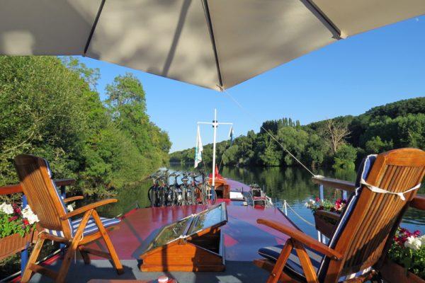 Luxury hotel barge, Nymphea - Sundeck