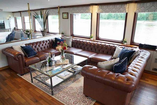 Luxury hotel barge, Panache - saloon