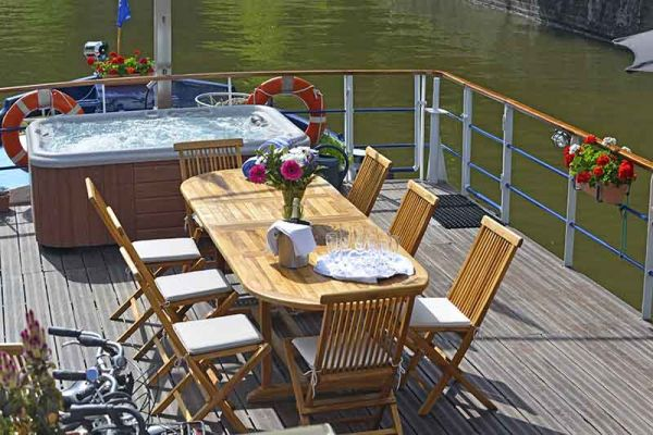 Luxury hotel barge, Panache - sun deck
