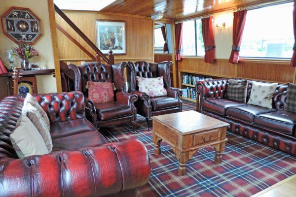Scottish Highlander Relax