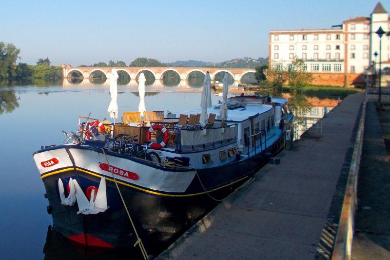 rosamoored - barge cruise