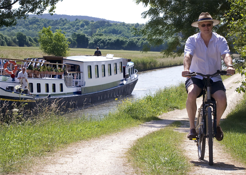 Biking and Barging -barge holiday in France