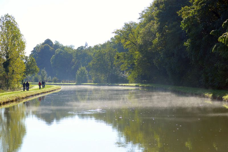 One of the most beautiful canals in France - Canal de Briare