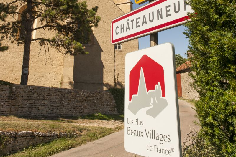 Châteauneuf-en-Auxois - One of the Prettiest Villages in France