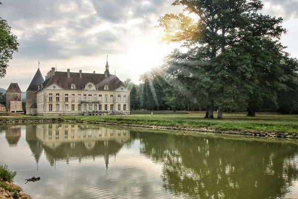 Chateau-de-commarin-© Pierre Holley