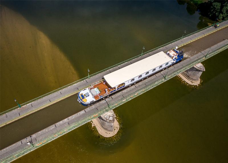 Renaissance Briare Bridge
