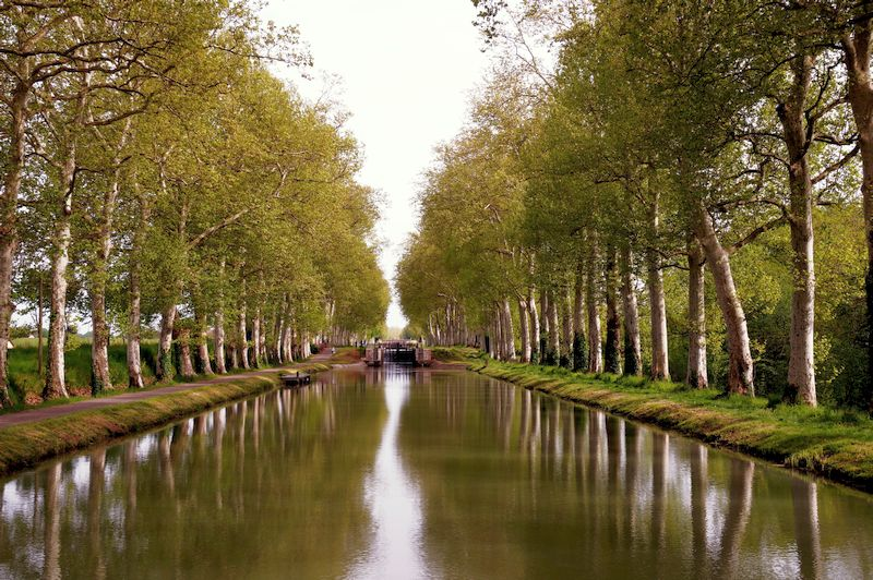 The Canal de Garonne - one of the most popular canals in france