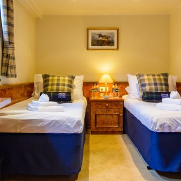 Spirit of Scotland Twin Bed