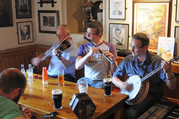 Enjoy Traditional Irish Music on a River Cruise in Ireland