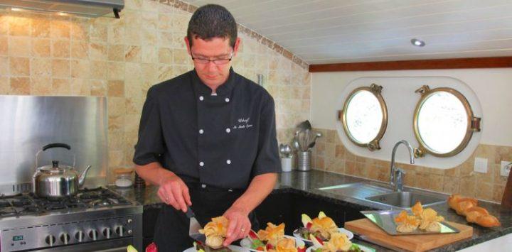 Sylvain Enchante Chef