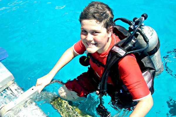 Families can learn how to scuba dive on a family charter holiday