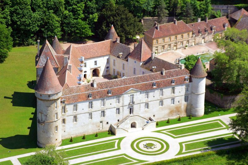 Chateau De Bazoches 1