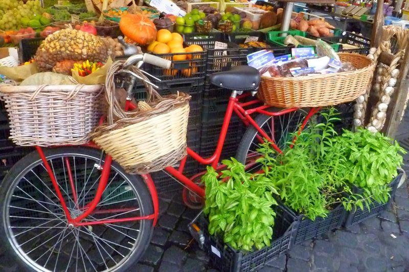 Briare Street Market