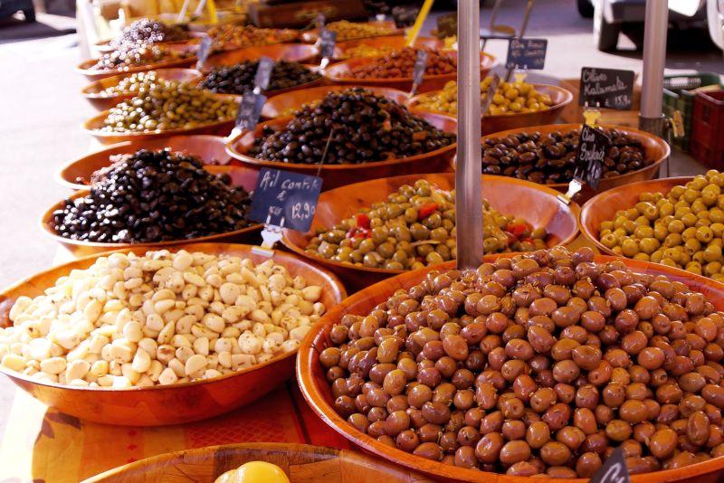 Casteljaloux Market