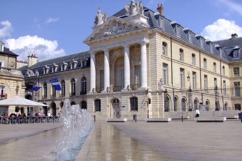 Dijon city centre main square - Canal de Bourgogne
