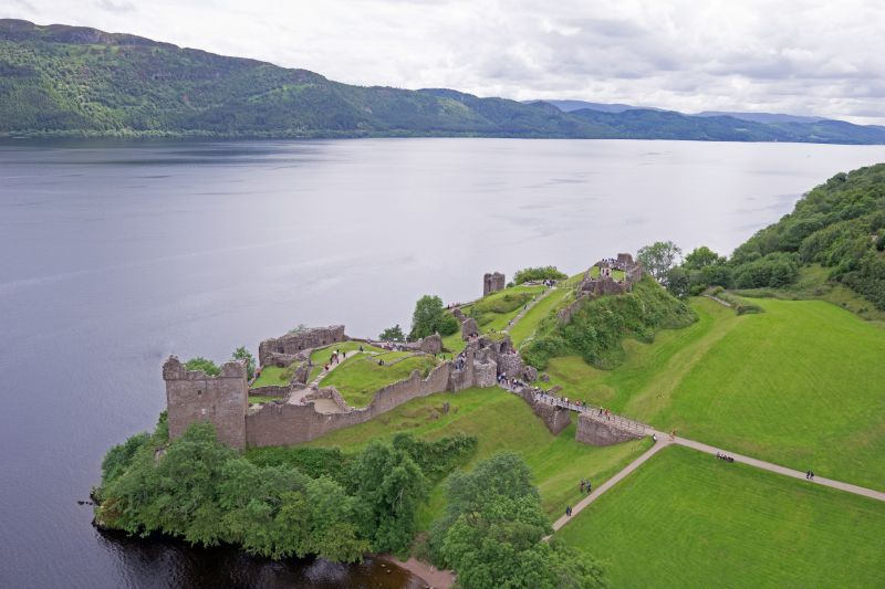 Scotland Urquhart Castle 6
