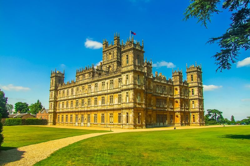 Highclere Castle is the setting of award-winning television drama, Downton Abbey. Visit the setting of Downton Abbey on a luxury hotel barge cruise
