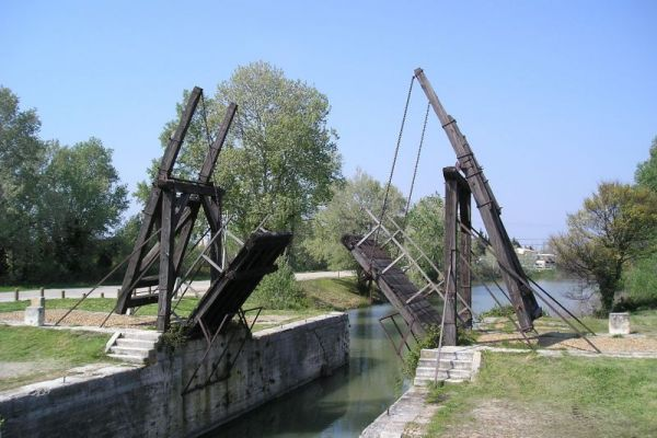 Arles Bridge