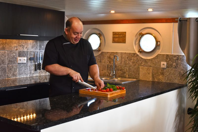 Chef demonstration - barge holiday in France