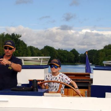 Multi Generational Cruises with European Waterways