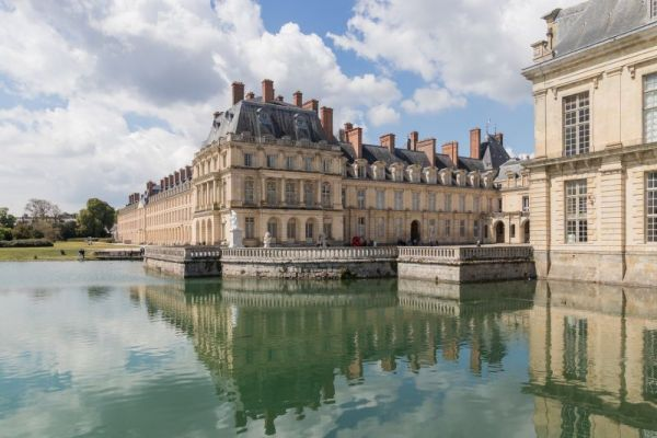 Fontainebleau history
