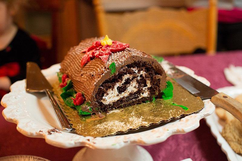 La Buche de Noel aux Marrons - a French Christmas favourite