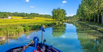 Views of the Canal de Bourgogne from on Deck