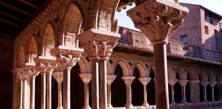 Moissac Architecture