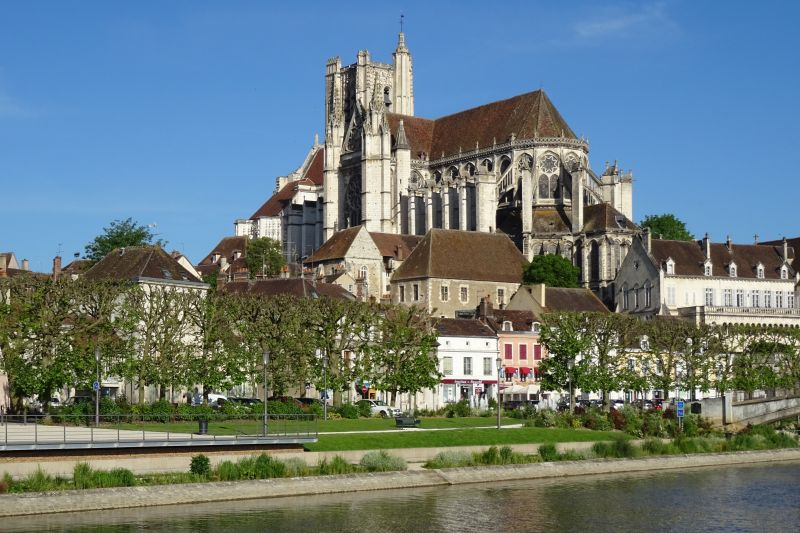 Auxerre Cathedral - Barge Holidays in France