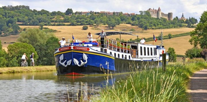 Choose a Barge Holiday in France - Barge Tours France