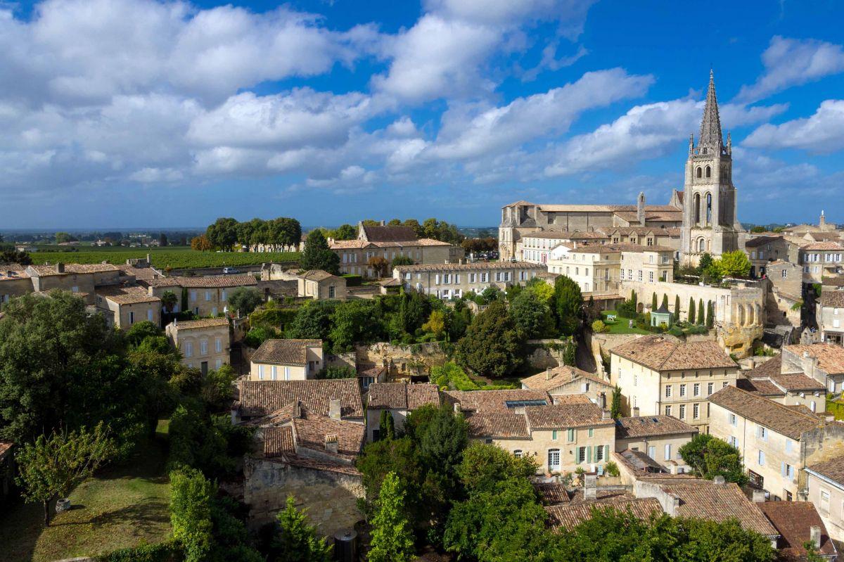 The Jurisdiction of Saint-Emilion is nestled within a unique region close to Bordeaux