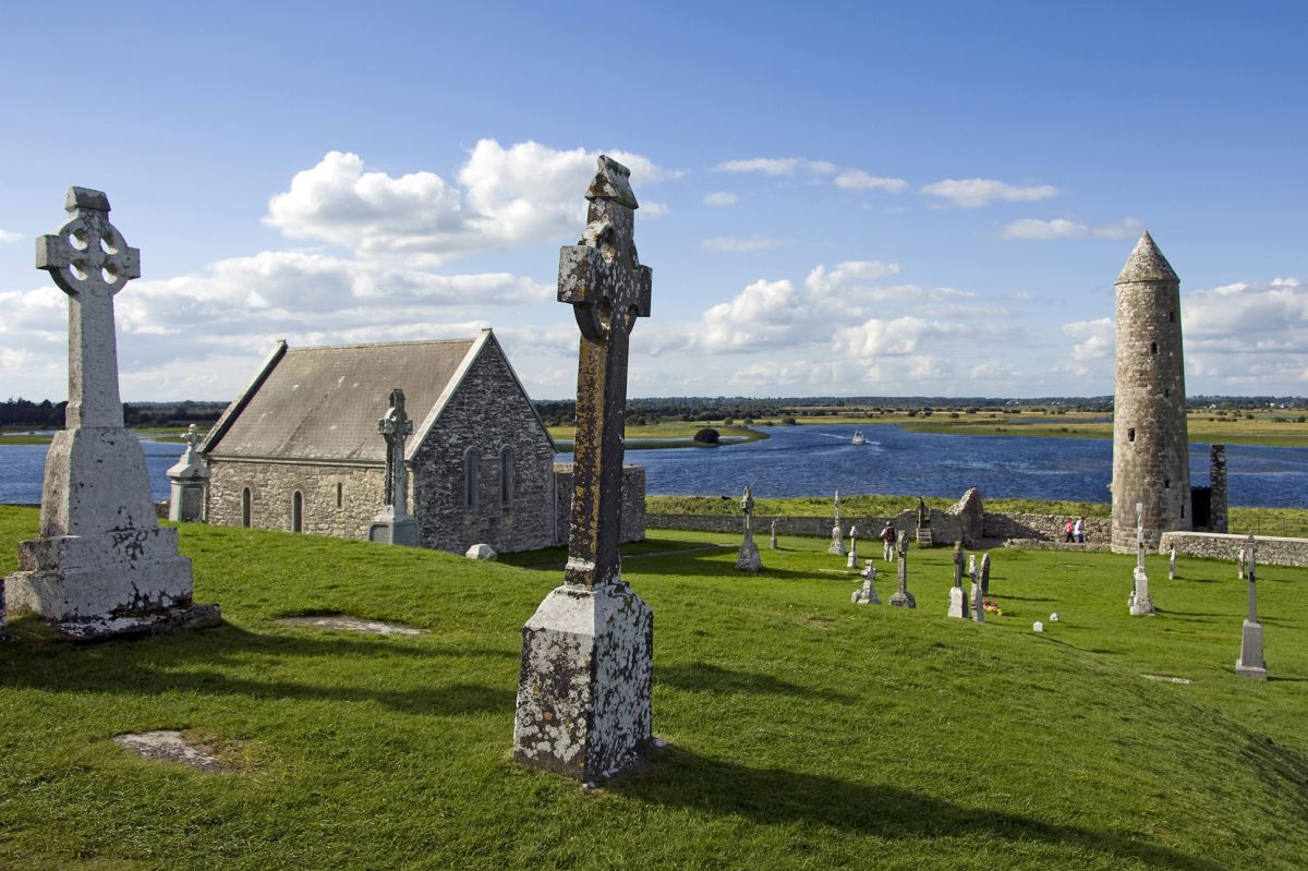 Discover Ancient Clonmacoise with the elegant Shannon Princess