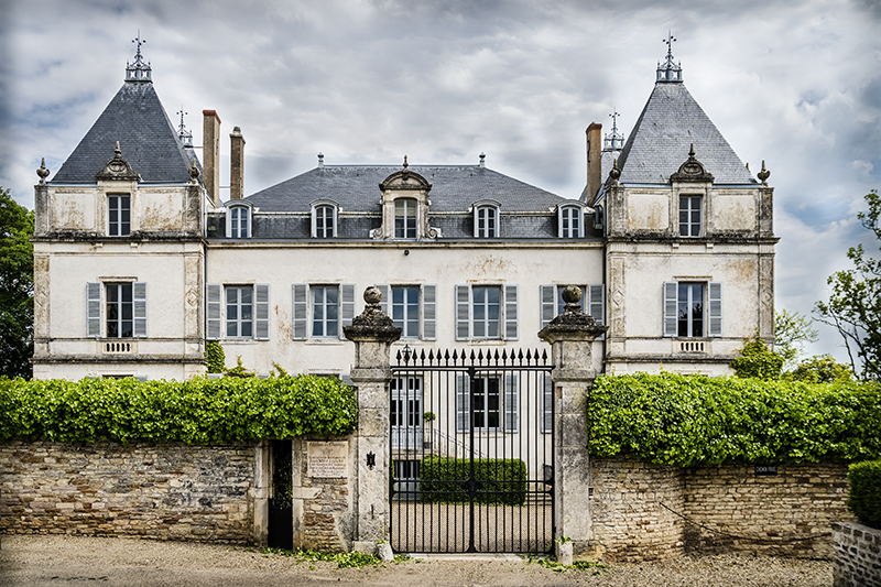 Hunting for Burgundy's best chateaux? The Château de Chamirey is visited on our luxury hotel barge, Finesse