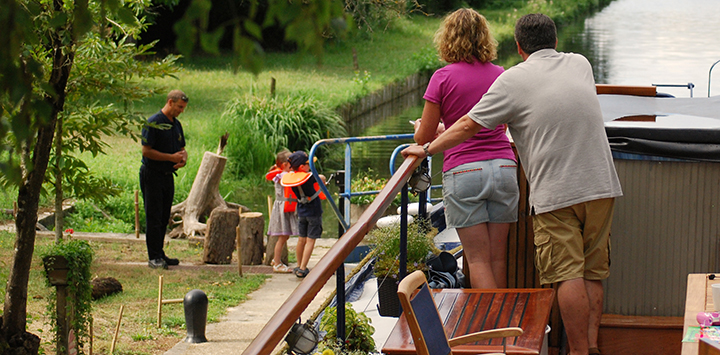 Family friendly cruises in along France's canals, where children can assist with the canal locks