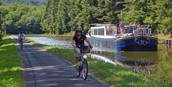 Introducing The Bike and Barge Holiday in France